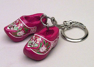 Keychain 2 Clogs Red Mill
