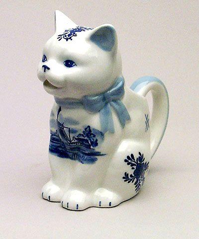 Creamer Cat Shaped Delft Blue Screen Print