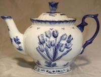 Teapot 1 Liter Delft Tulip Decoration 7inch