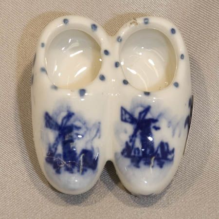 Magnet 2 Clogs 2inch