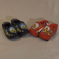 Magnet 2 Wooden Shoes Blue Mill
