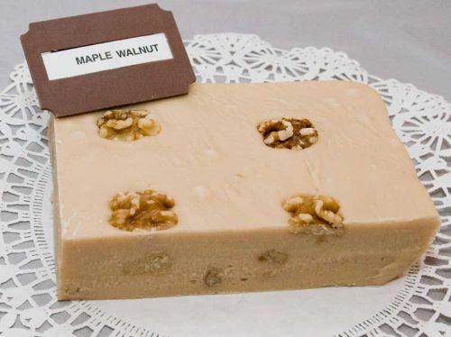 Maple Walnut Fudge (lb)